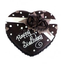 Heart Shaped Chocolate Cake with Roses