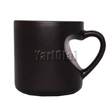 Black Heart Handle Magic Mug
